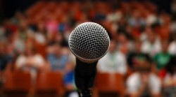 microphone-and-crowd-e1399498309940